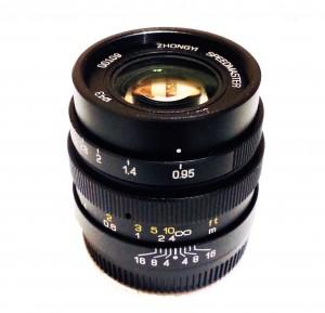 Mitakon 25mm f0.95